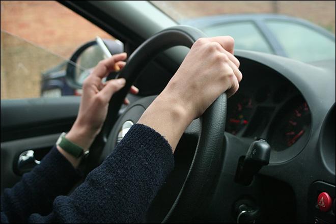 Comment se débarrasser des odeurs de tabac dans sa voiture